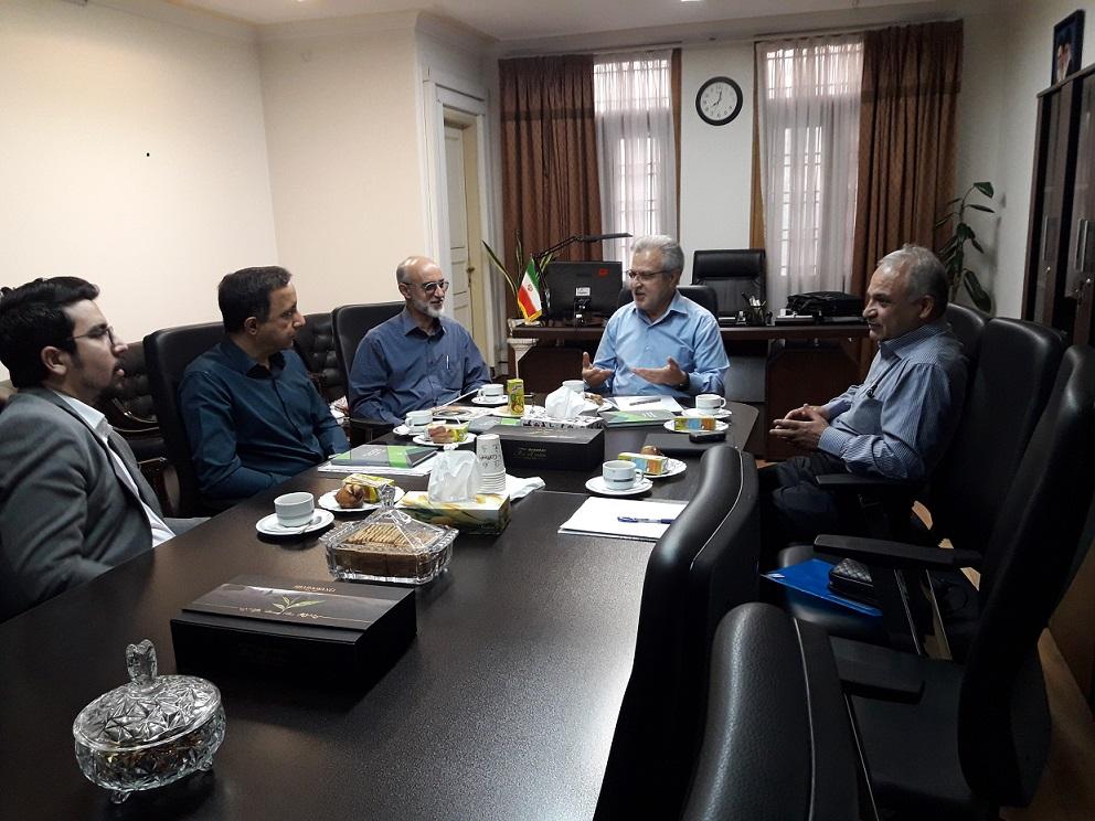 جلسه مشترک هیئت مدیره انجمن خلأ ایران با جناب آقای دکتر ذبیحی دبیر محترم ستاد توسعه فناوری لیزر، فوتونیک و ساختارهای میکرونی