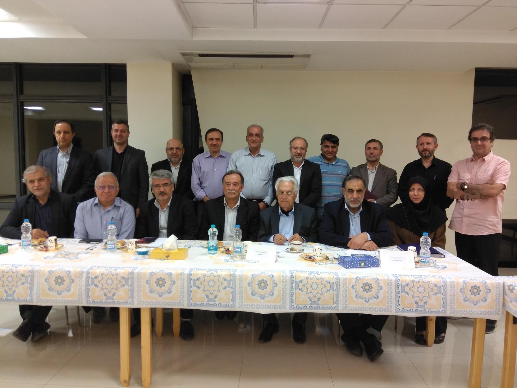 برگزاری نشست مشورتی انجمن فیزیک ایران