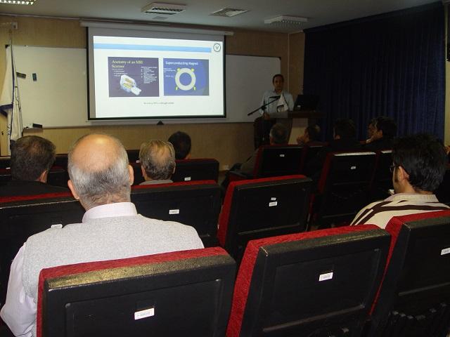 برگزاری سمینار آشنایی با دانش و فناوری خلأ در پژوهشگاه علوم و فنون هسته ای