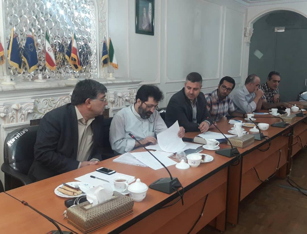 مجمع عمومی عادی سالیانه انجمن خلأ ایران در روز پنجشنبه مورخ 1398/07/04 تشکیل شد.
